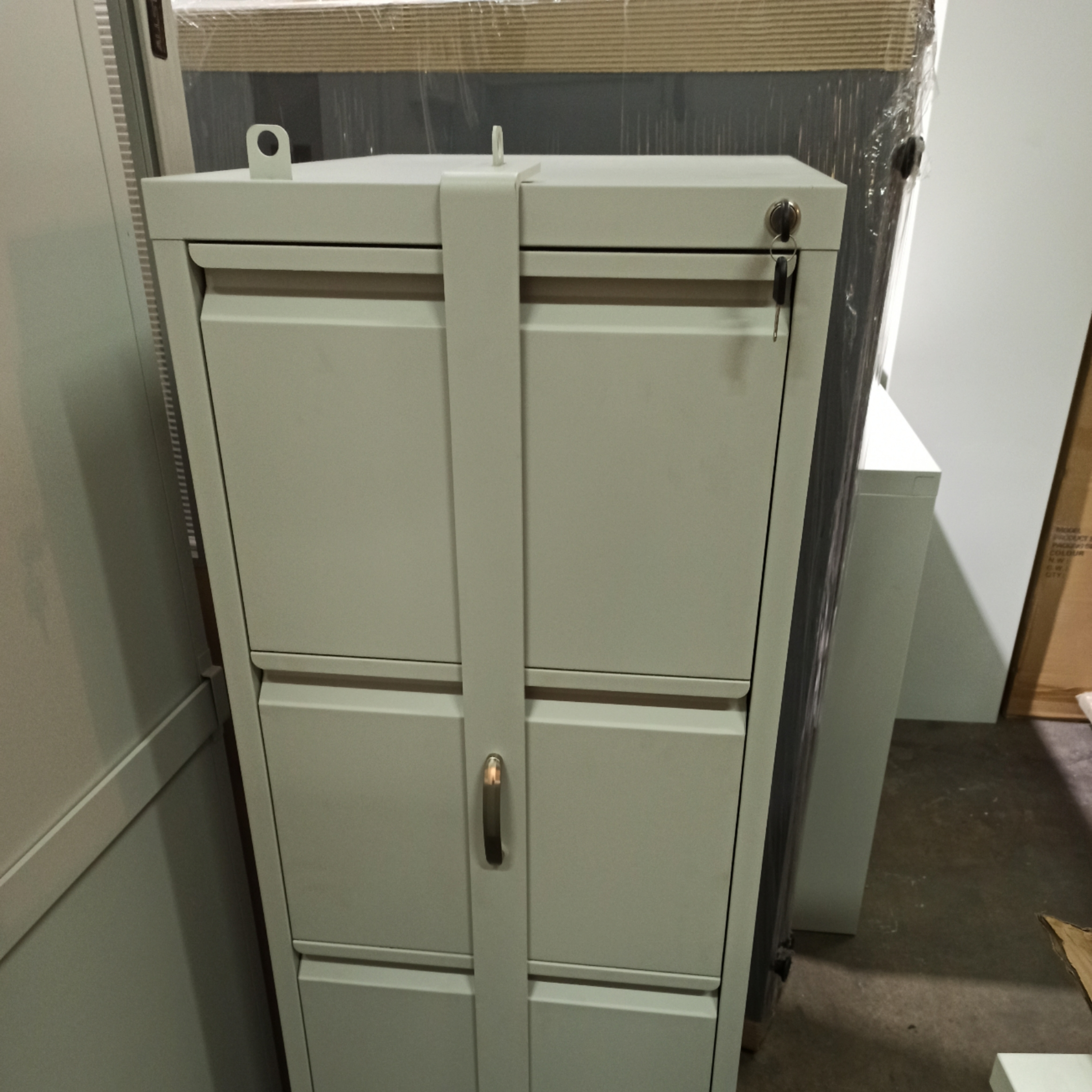 D-D4-B 4 Drawer Filing Cabinets with Security Bar (Anti Tilt Mechanism)