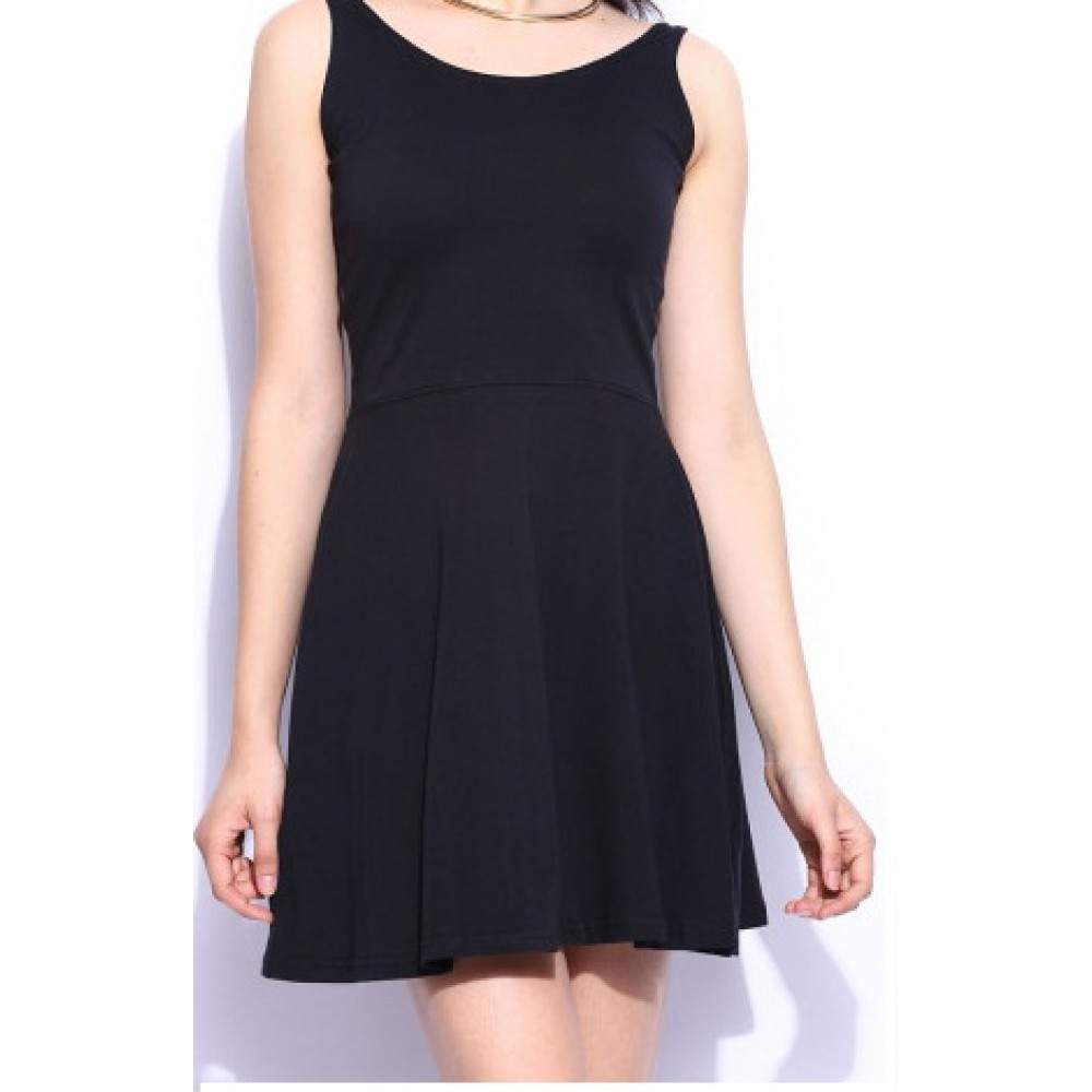 Lafacon-black-whole-wide-whirl-skater-formal-dress