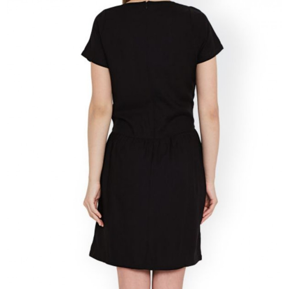 La  Facon-black-solid-sheath-dress