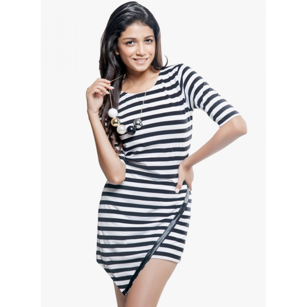 Lafacon-stripes-Black-Coloured-Striped-Asymmetric-Dress