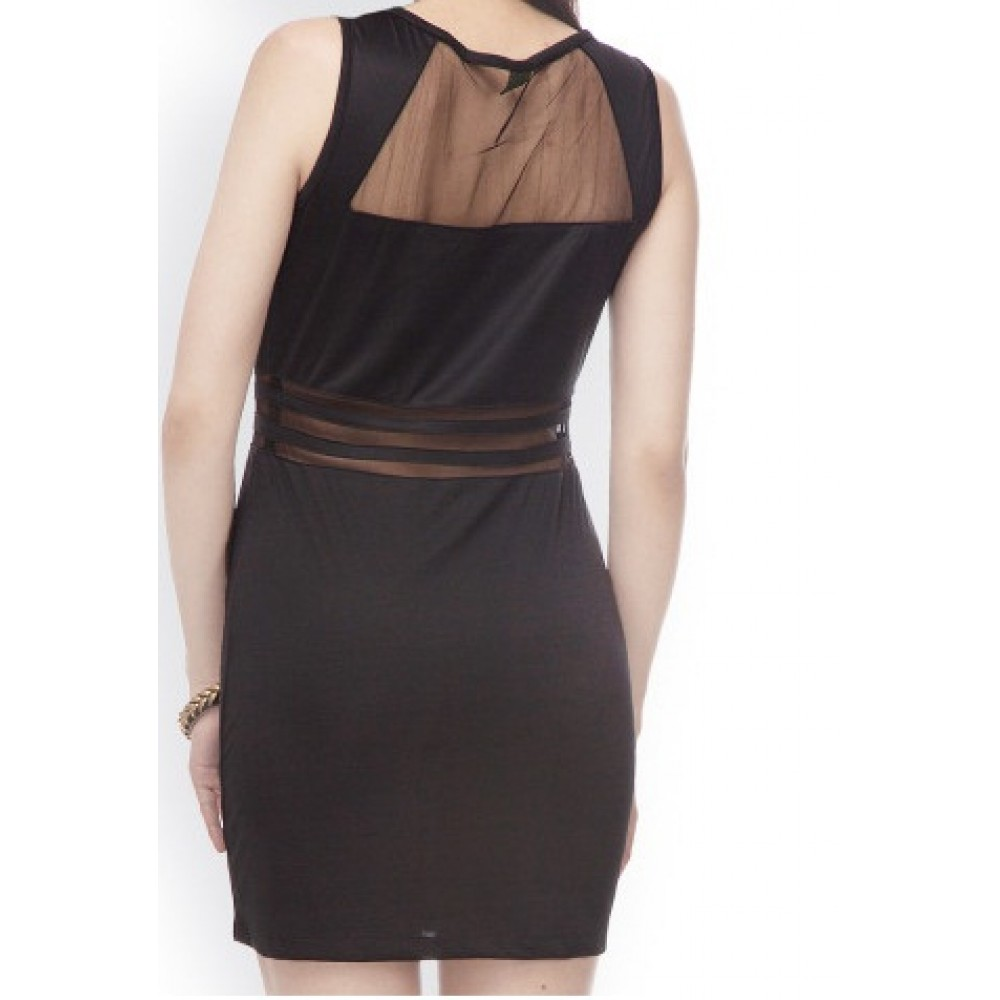 La Facon-black-sheath-dress