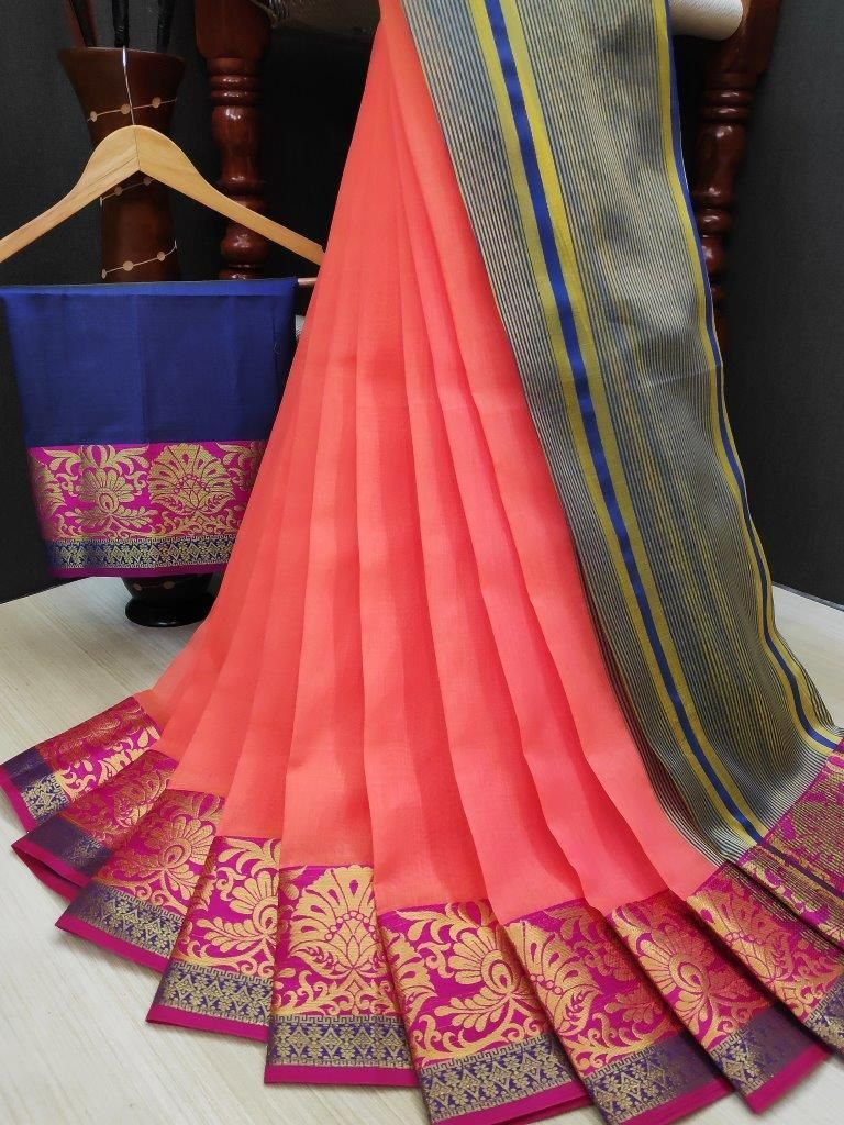 Women's Pink Cotton Solid With Zari Border Regular Saree