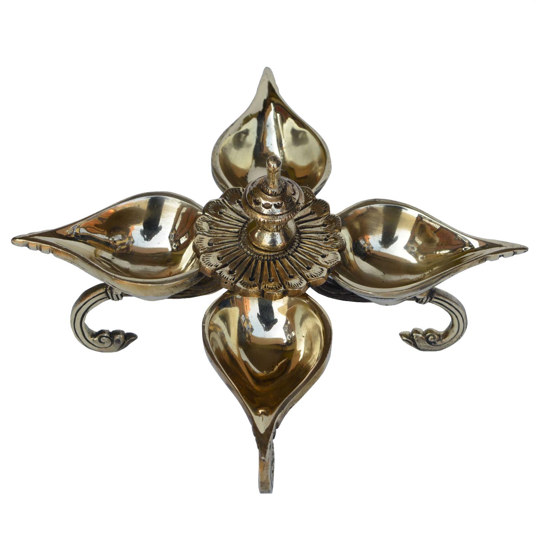 Brass Made pooja ghar/temple aarti oil lamp/diya - 5.6 Inch (BS1193 A)