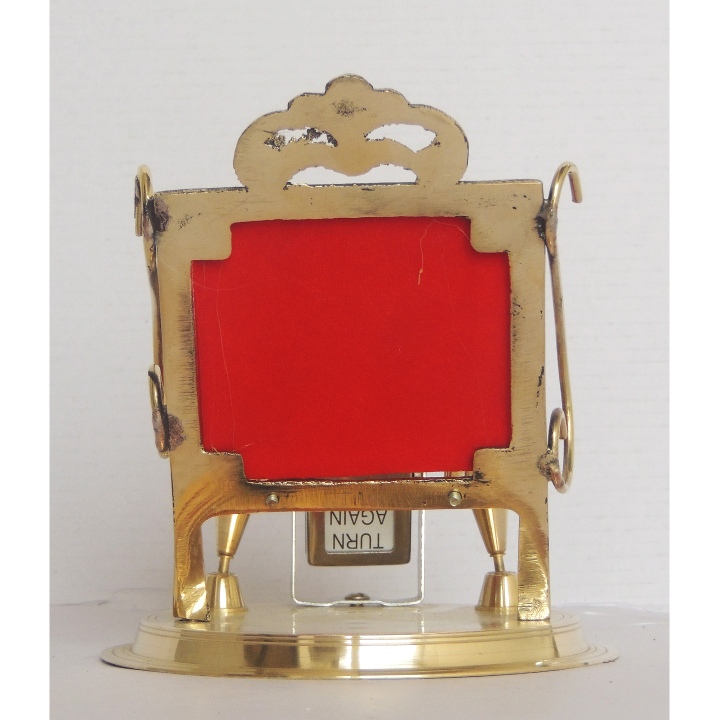 Brass Pen And Mobile Stand With Date Display - 5.5*4.8*5.2 Inch  (Z259 A)