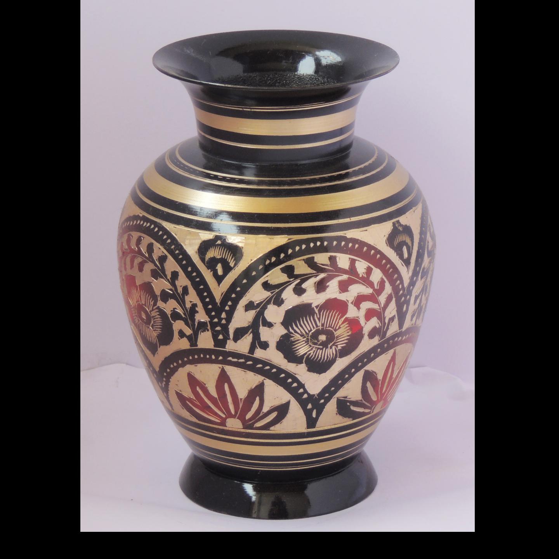 Brass Flower Vase pot with Handwork - 557.4 Inch