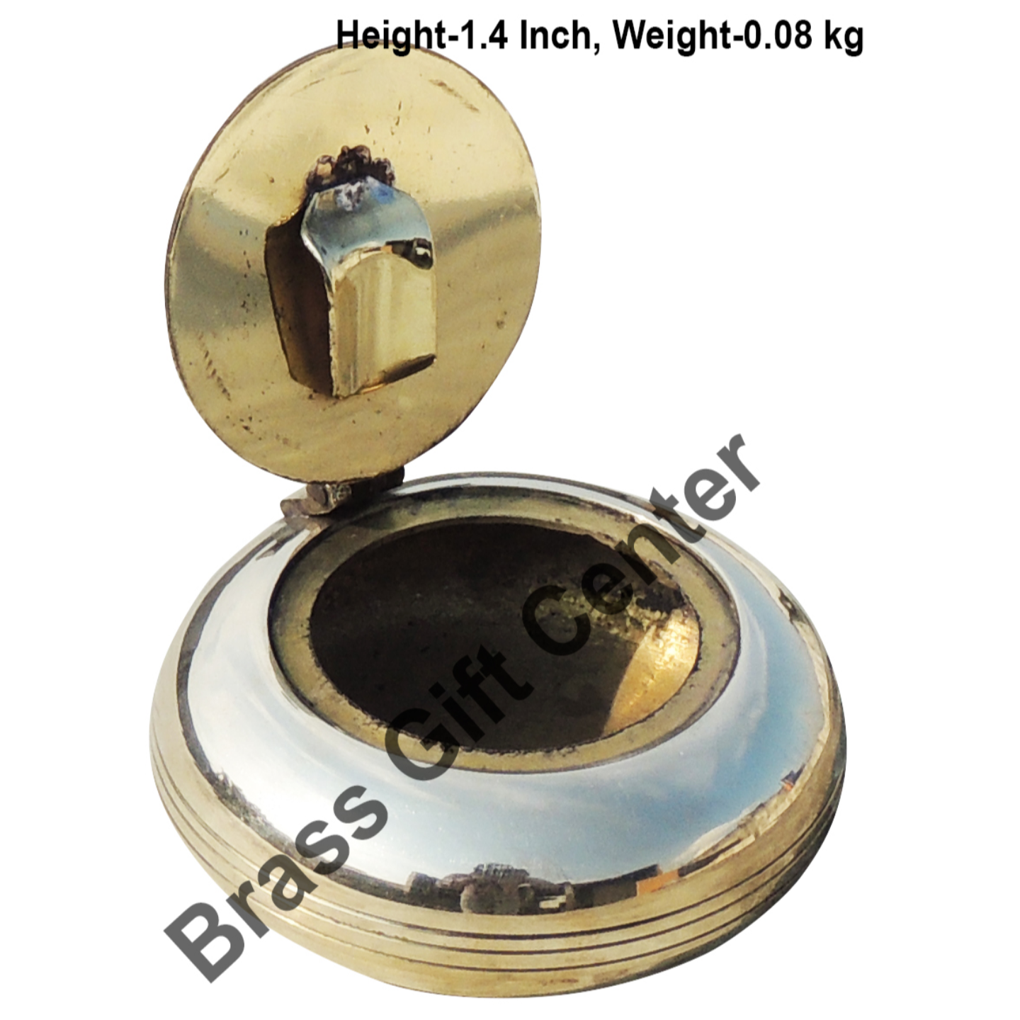 Brass Ash Tray With Cap - 2.62.61.4 inch  Z156 D