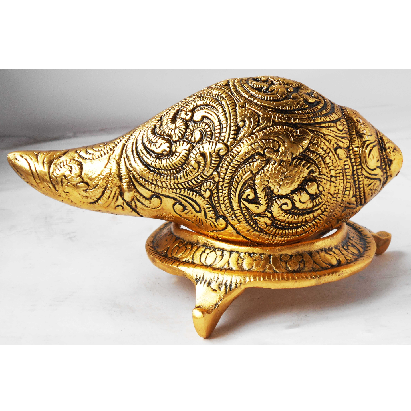 Shank With Stand In Gold Antique- 7.9x4.9x4.1 Inch AS342 G
