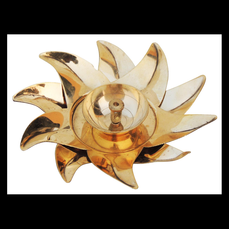 Brass Deepak, Brass Table Deepak, Deepak, Diya, Dipak, Oil Lamp, Oil Deepak, Oil Lamp, Brass Surya Deepak, Karala Deepak, Surya Diya, Surya, Keral Deepak