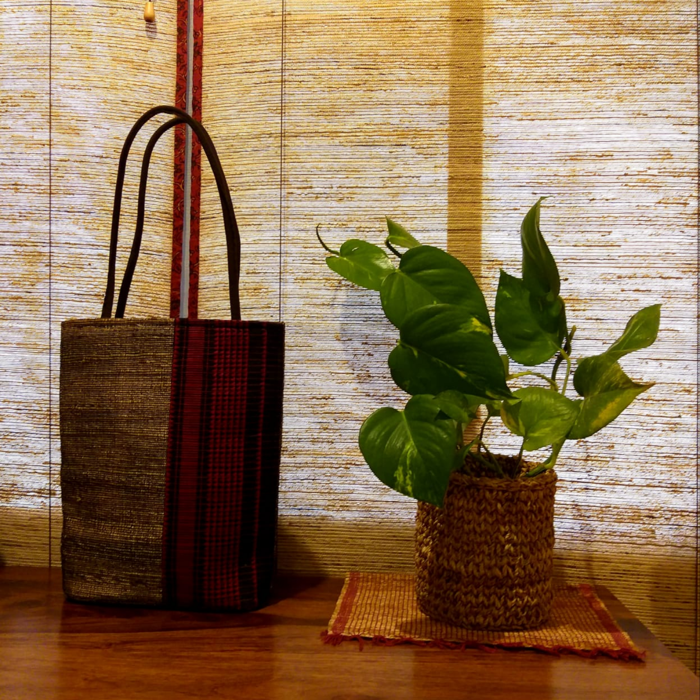 Deep Red Head Turner Banana Fibre Hold All Bag