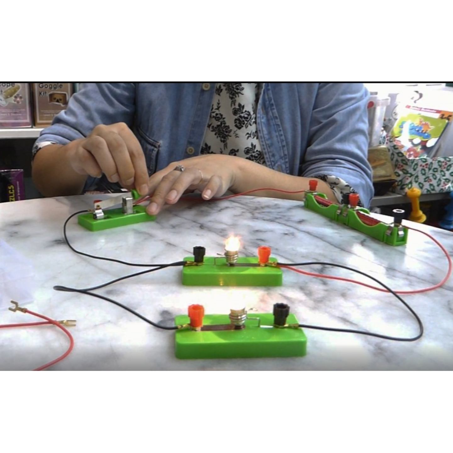 STEM Science Play N Learn 6 Experiments on Electricity Kit