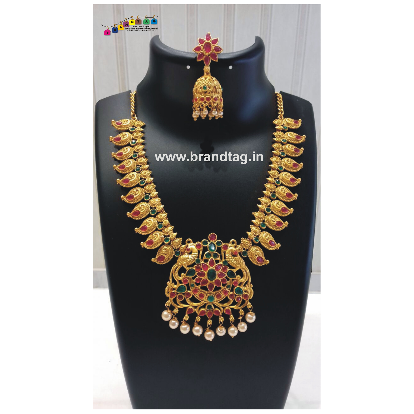 Diwali Collection - Captivating Golden Necklace set!