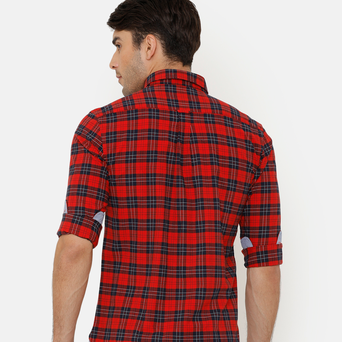 Bar Harbour Men Red & Blue Slim Fit Checked Casual Shirt