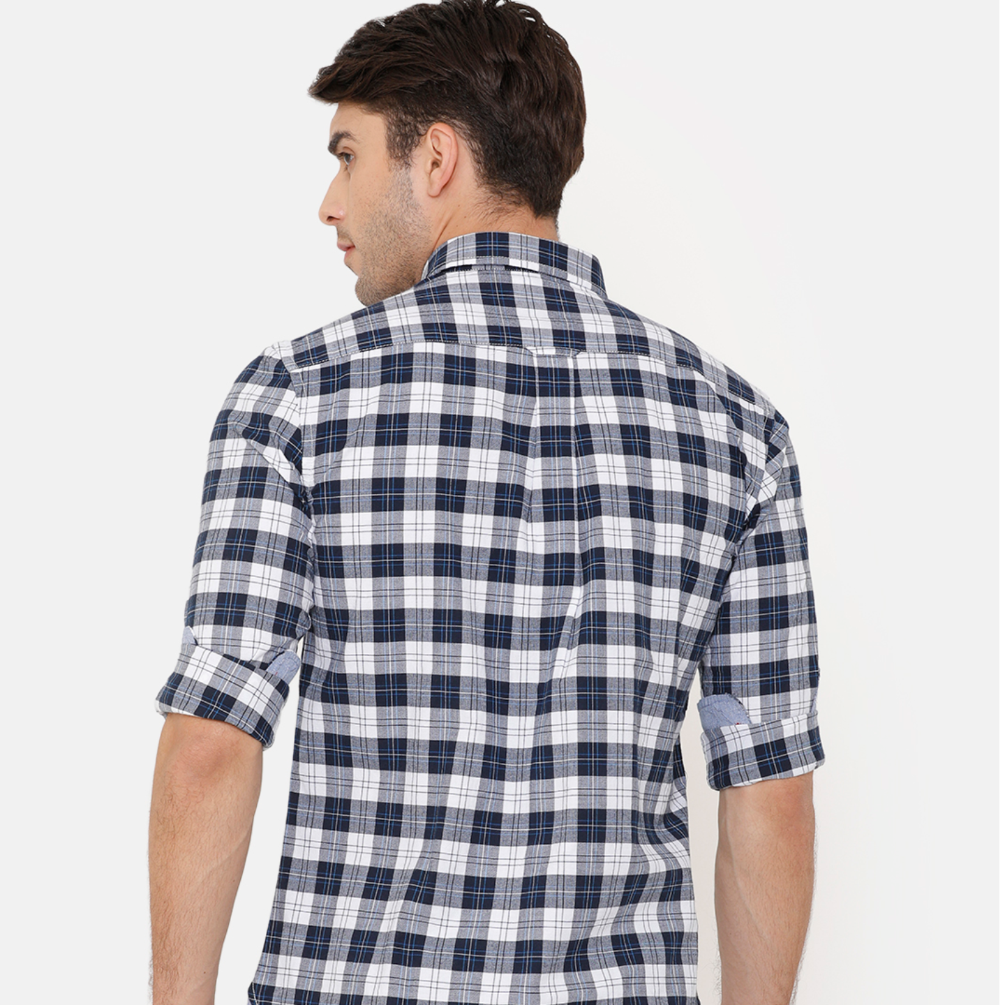Bar Harbour Men Grey & White Slim Fit Checked Casual Shirt