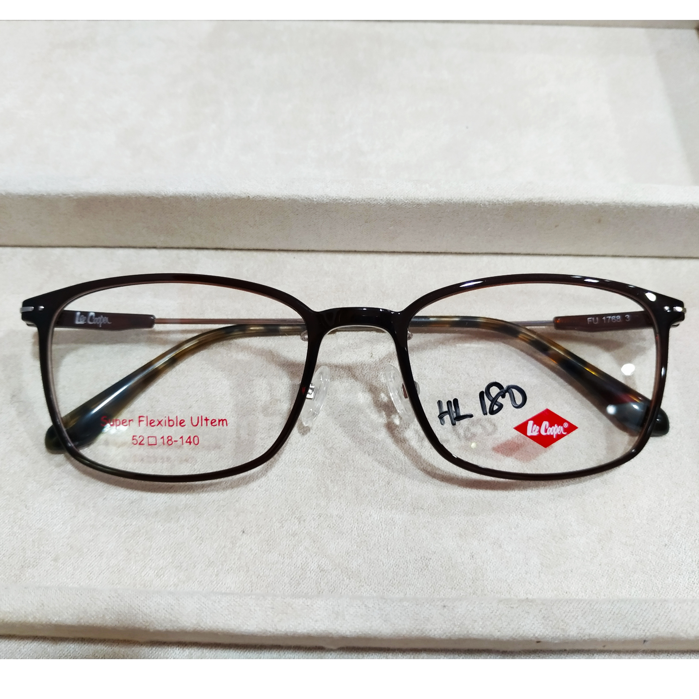 Lee Cooper FU1768 with cr39 1.56 mc emi