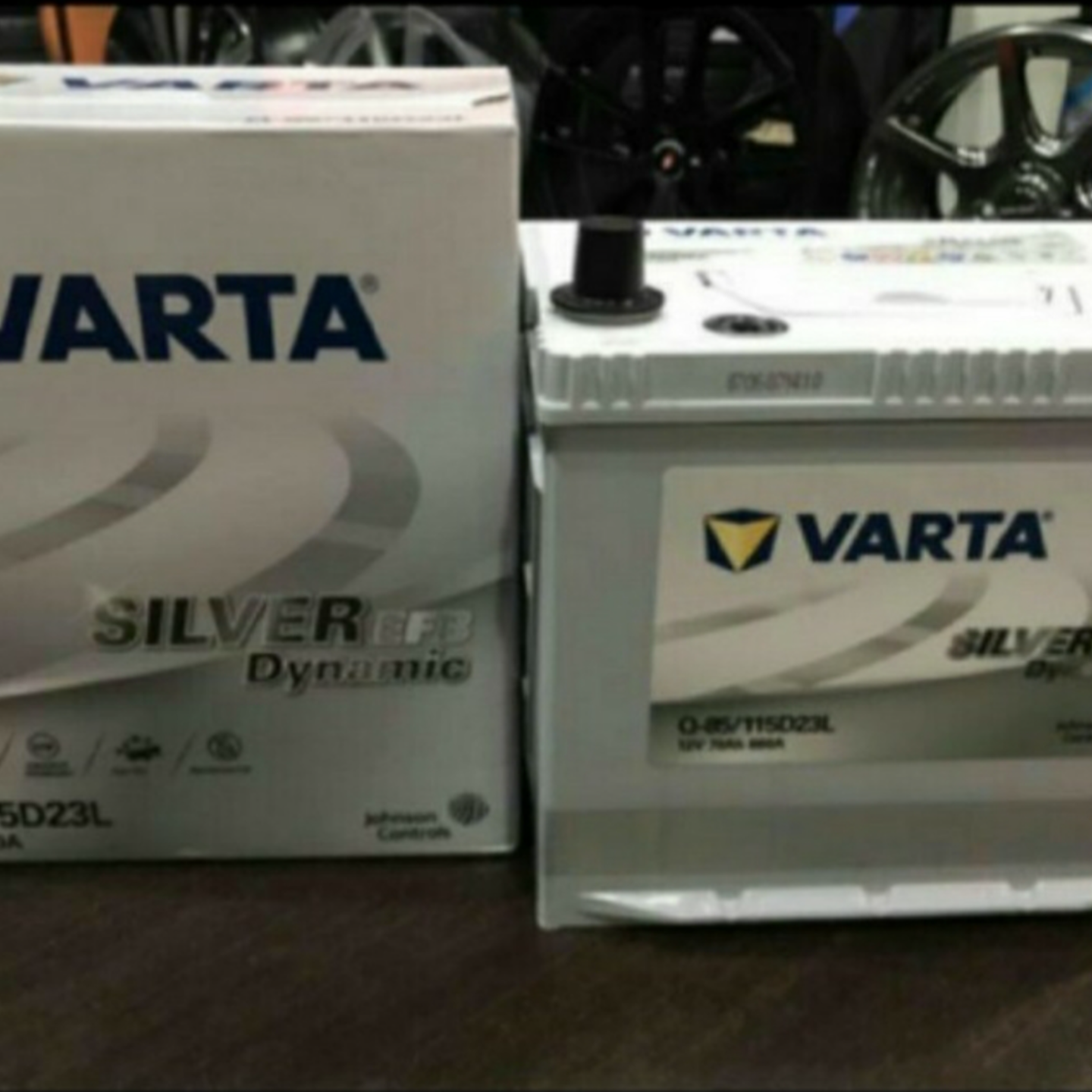 VARTA Q85 EFB Silver Dynamic car batteries.
