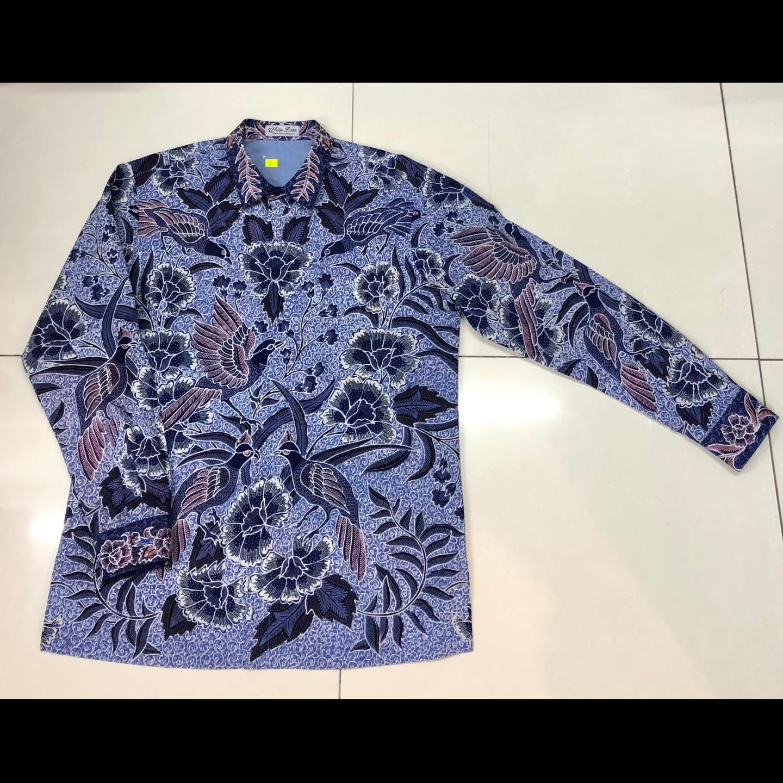Hand Drawn Batik Long Sleeve Shirt L size