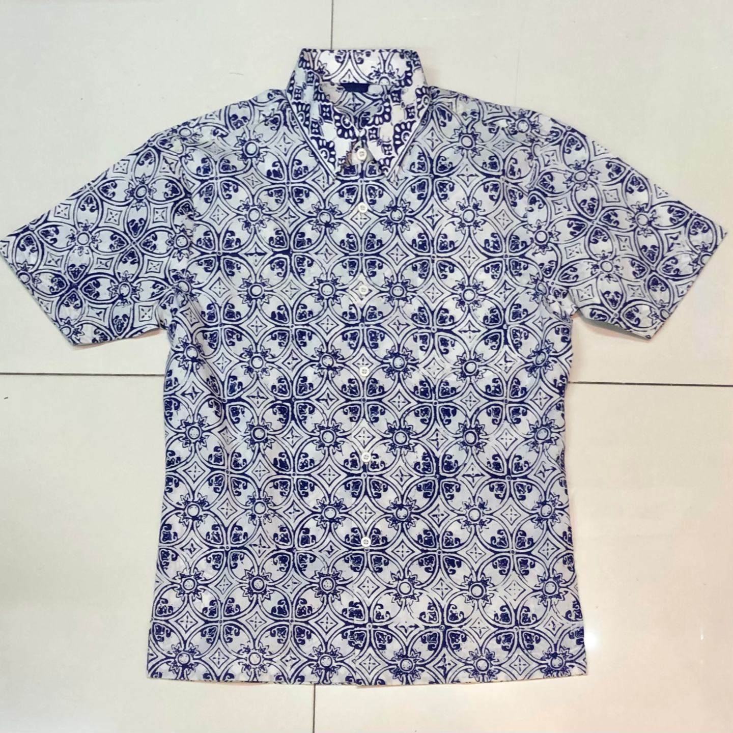Hand stamped batik shirt ( short sleeves )