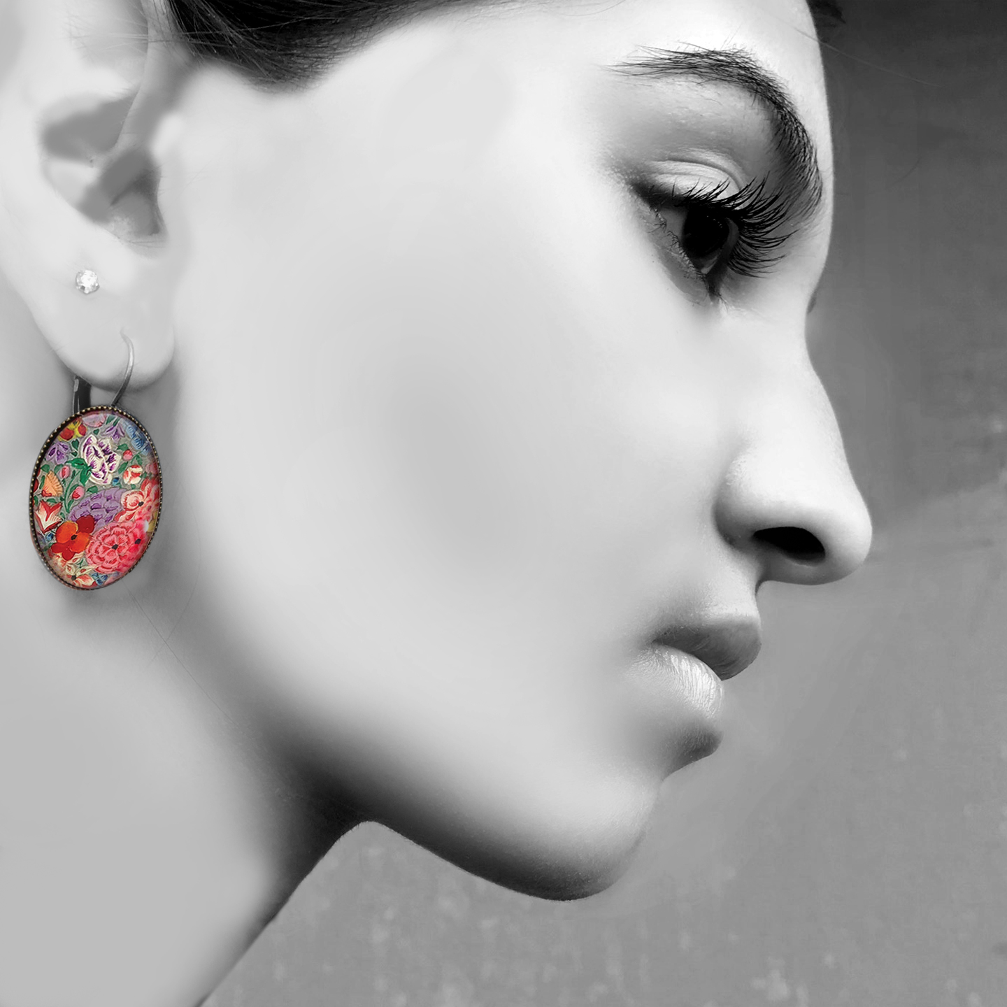Oval Lever back earrings - Naqashi, Kashmir - Gul Hazara