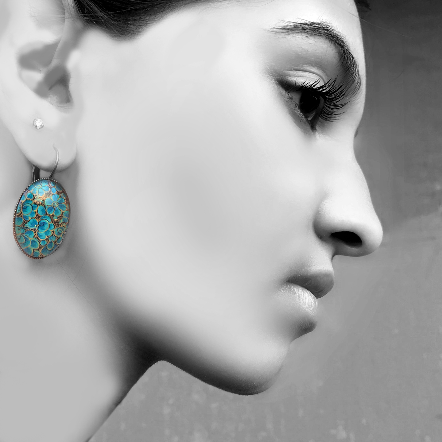 Oval Lever back earrings - Naqashi, Kashmir - Shirkha