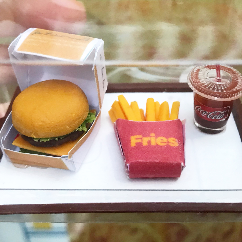 DEALS-Workshop-Miniature Clay Burger Set