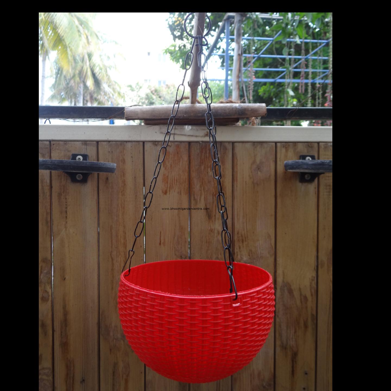 Rattan red hanging plastic pot (8.6 inch)