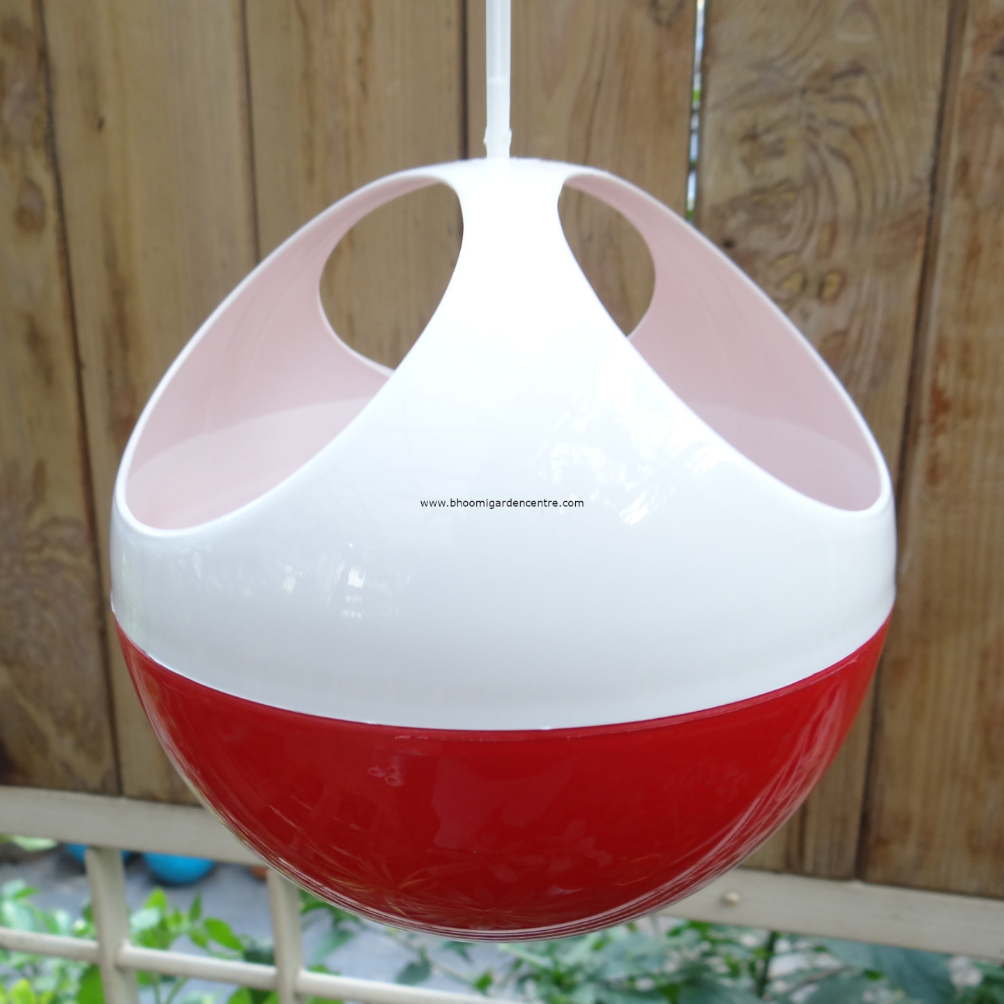 Avant  red ORB hanging pot