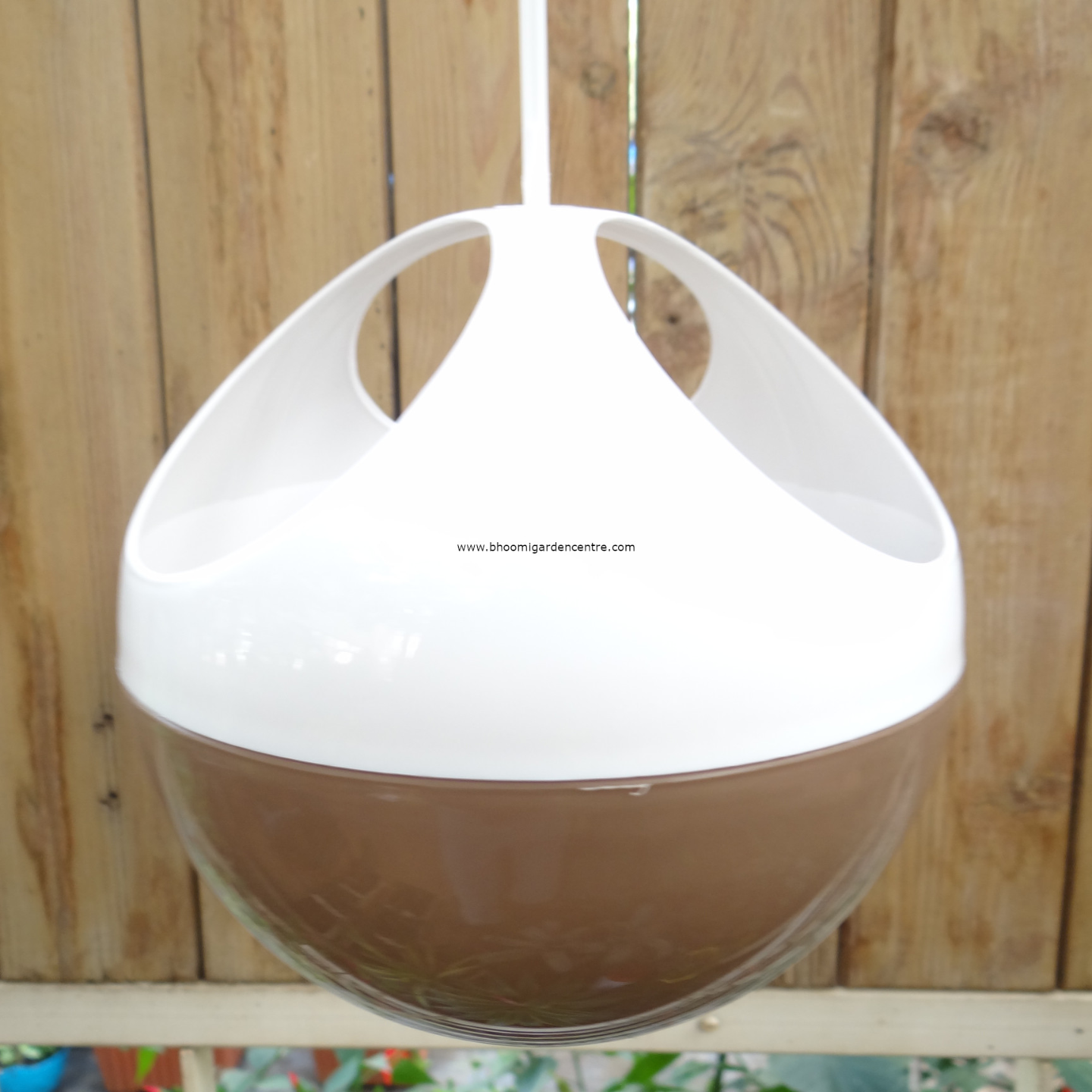 Avant brown ORB hanging pot