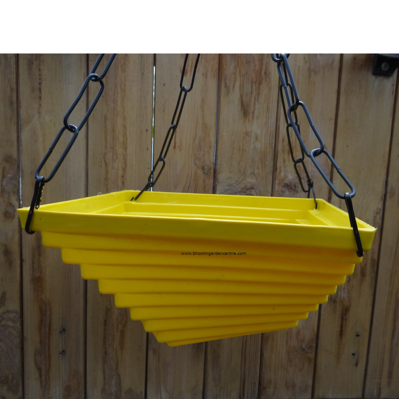 Twister yellow hanging plastic pot (9 inch)