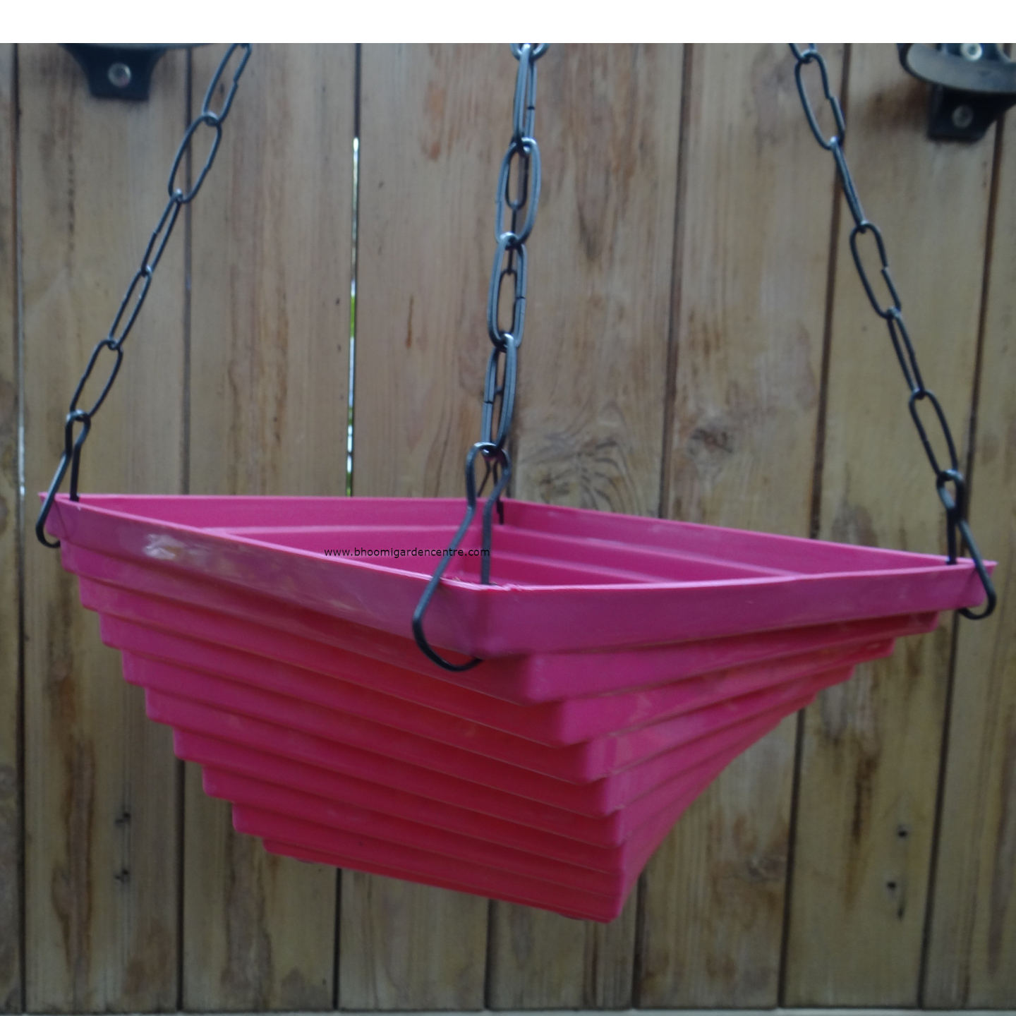 Twister pink hanging plastic pot (9 inch)