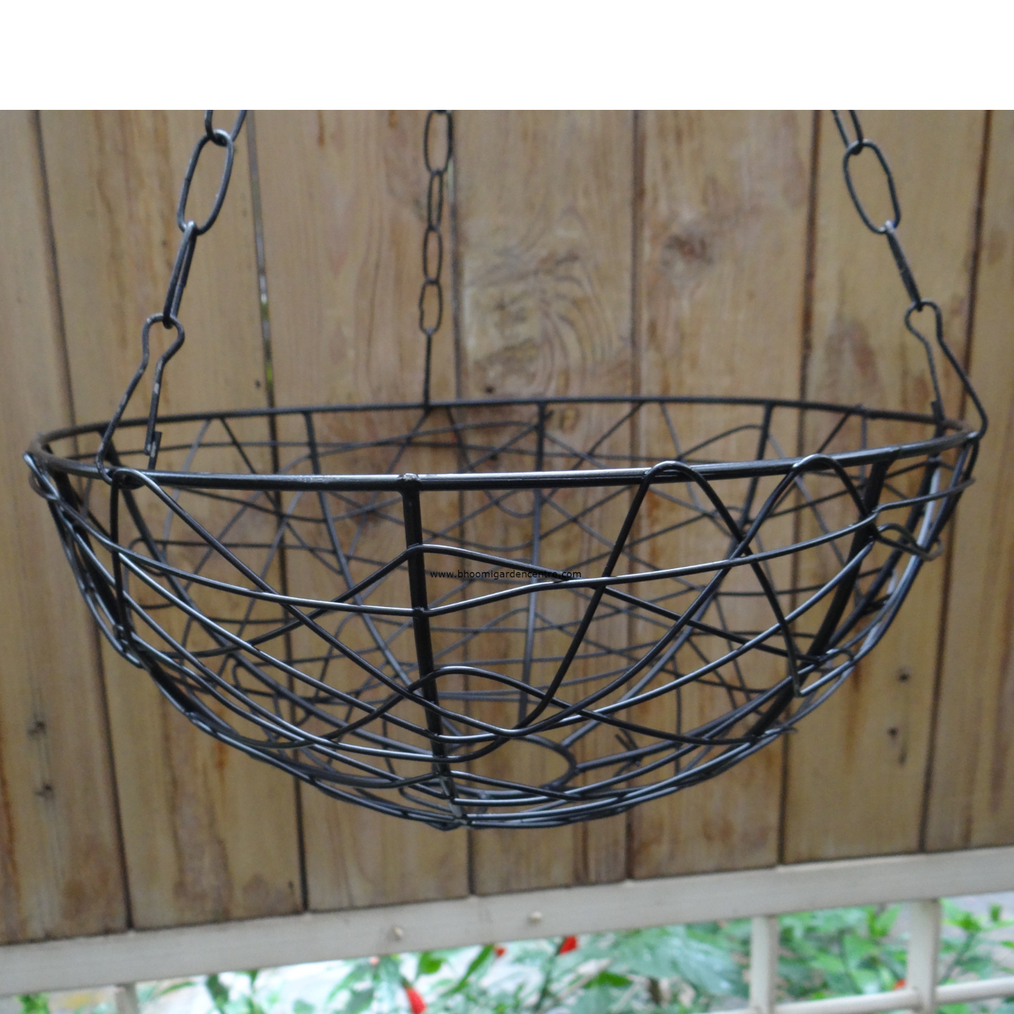 Metal hanging Birds nest 10 inch
