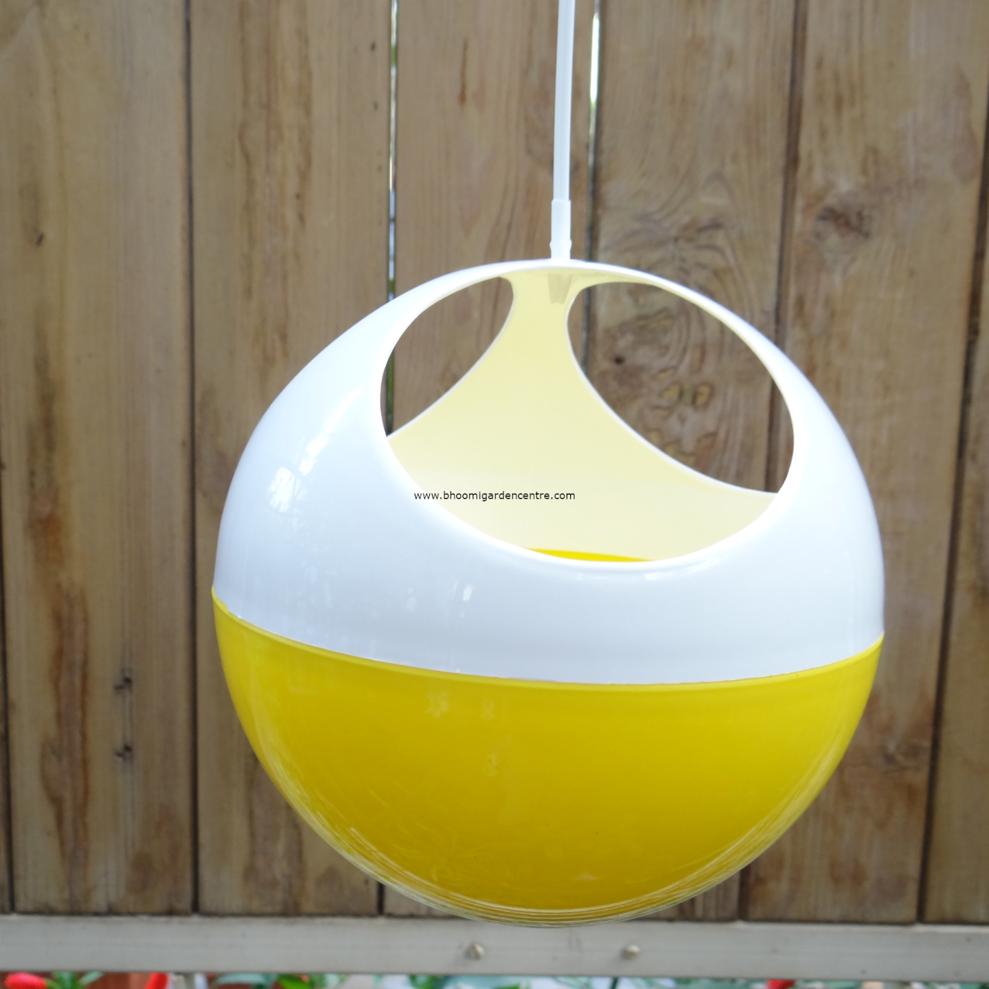 Avant yellow ORB hanging pot
