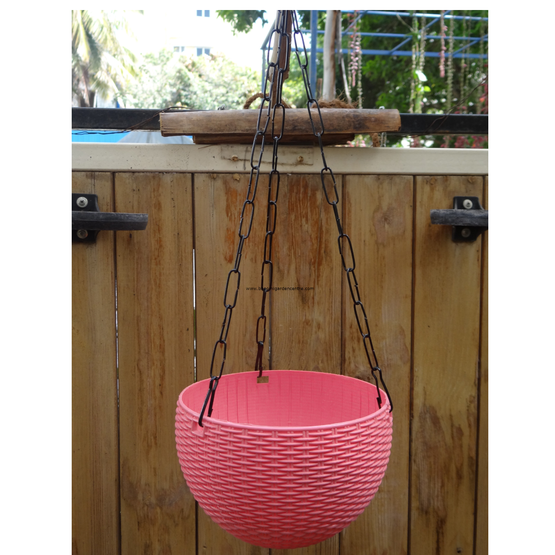 Rattan pink hanging plastic pot (7 . 1  inch)