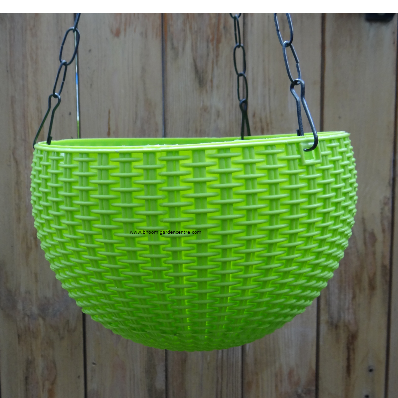 Rattan green hanging plastic pot (8.6 inch)