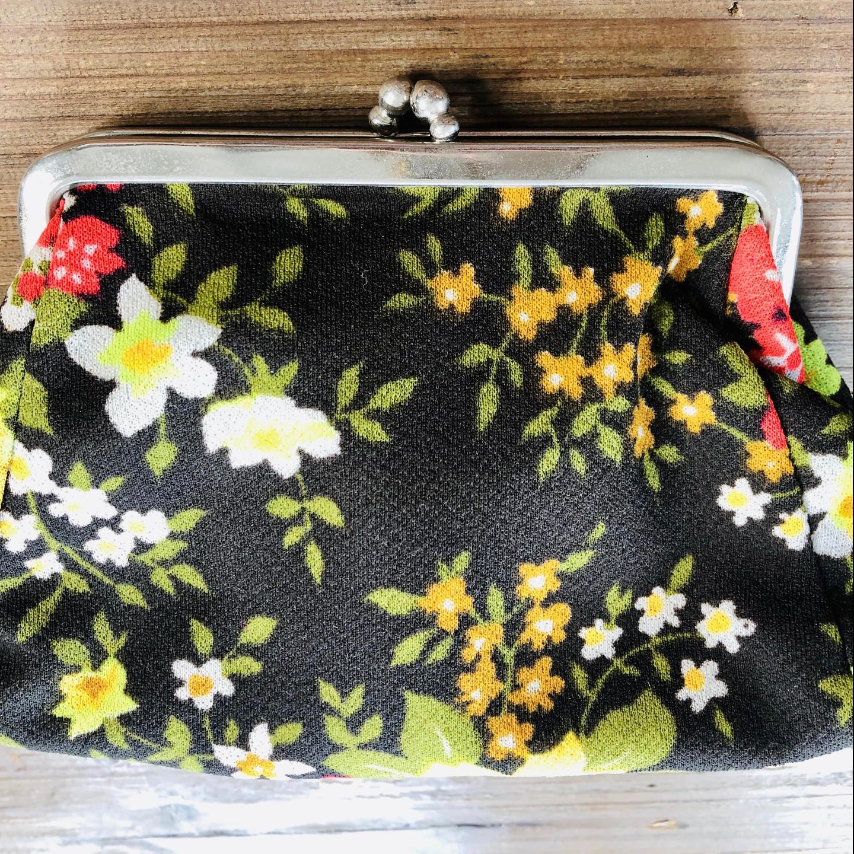 Vintage Floral Kisslock Purse