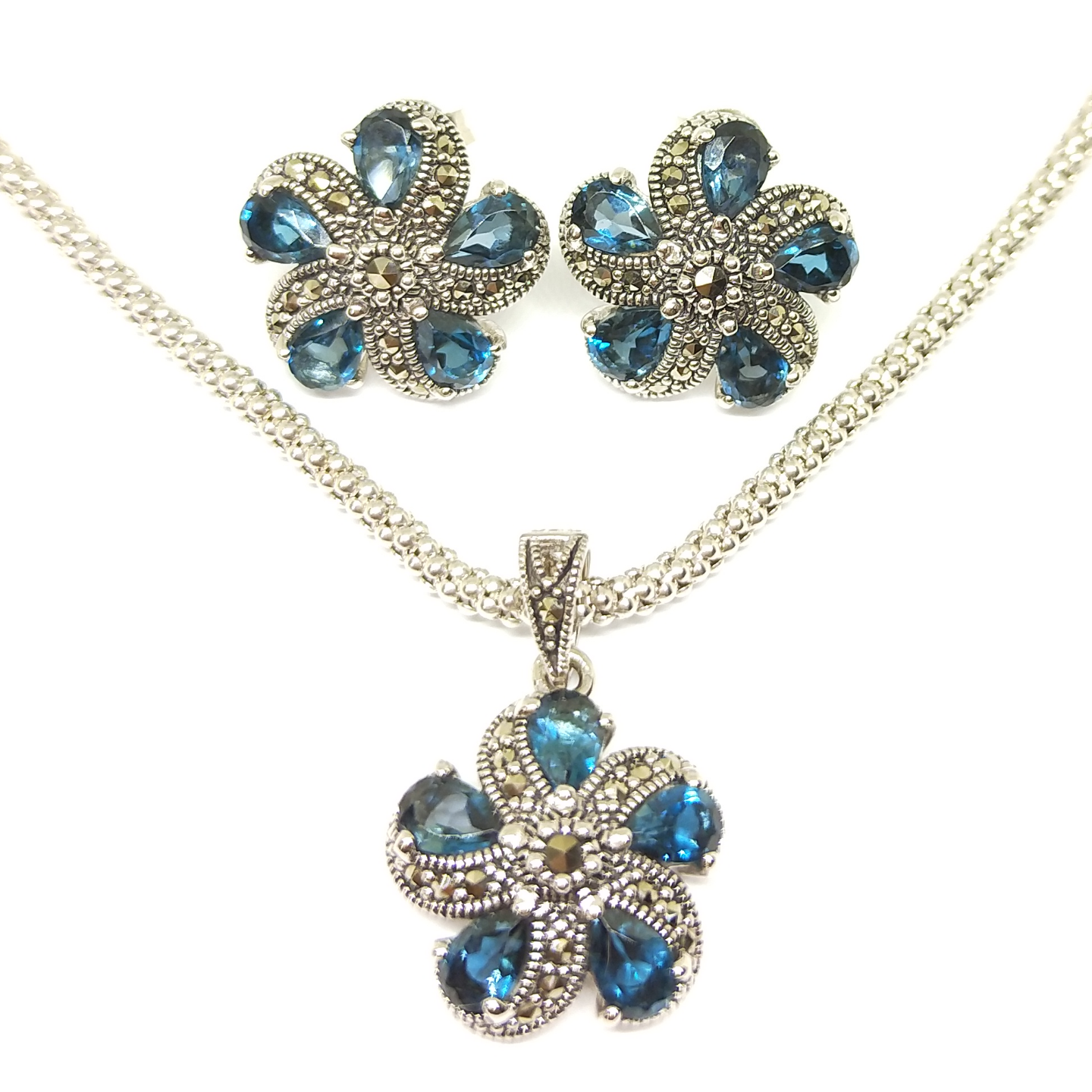 Hibiscus Set Topaz London Blue E0595