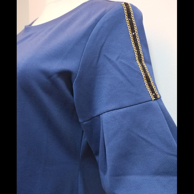 Elbow sleeve dress