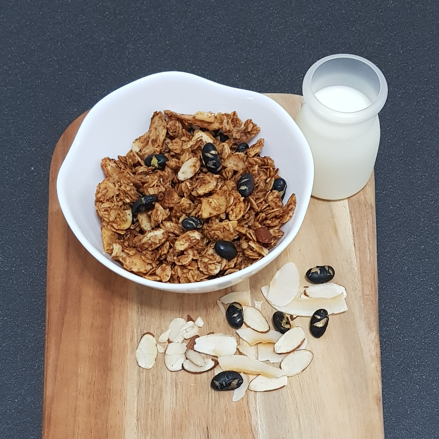 CocoNutty Granola UPSIZE (400g)
