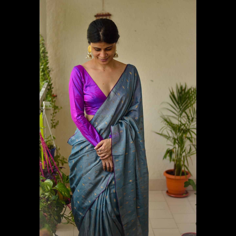 Handloom metallic linen  with jari bootis saree