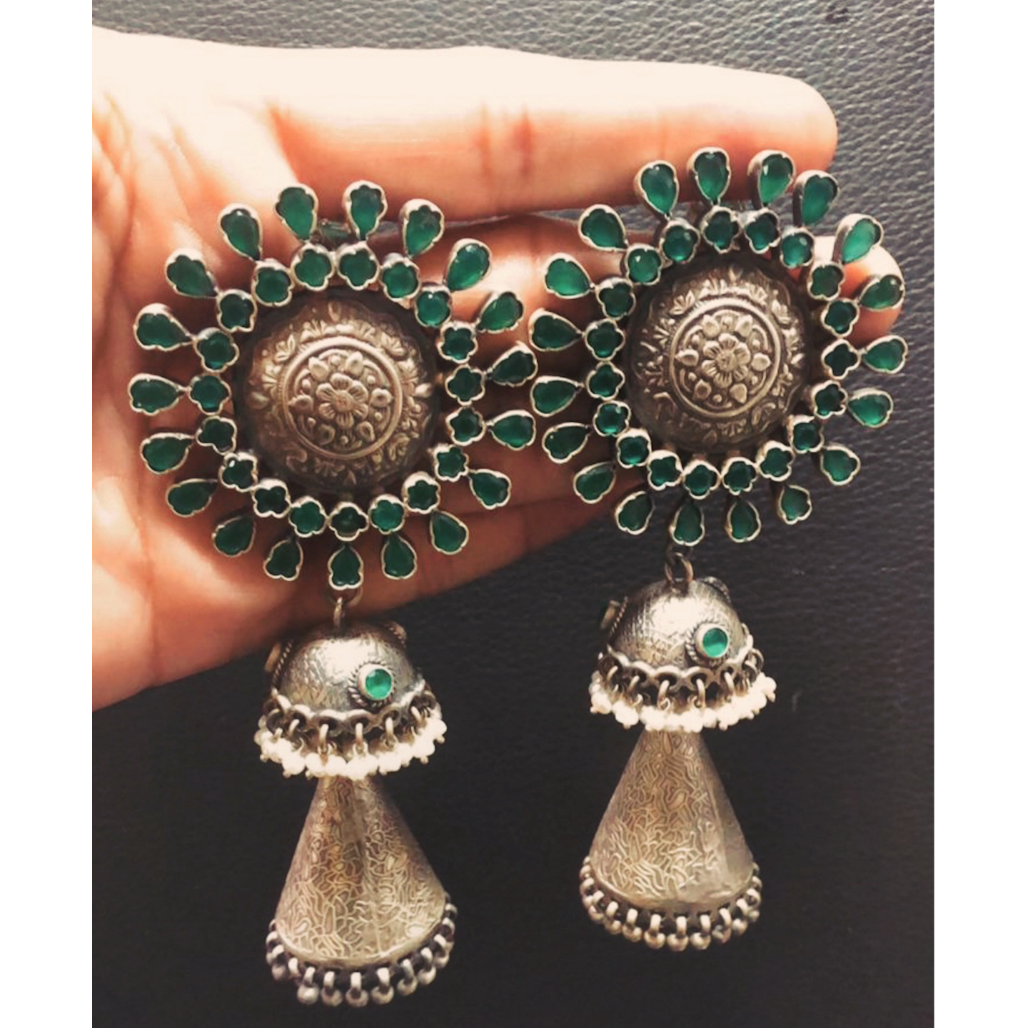 Green Stone Silver Earring - Round design