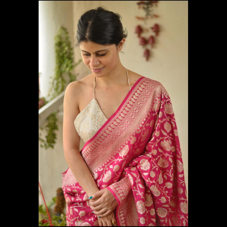 Handloom kadhuwa  jaal jari motifs moonga banarasi silk saree.