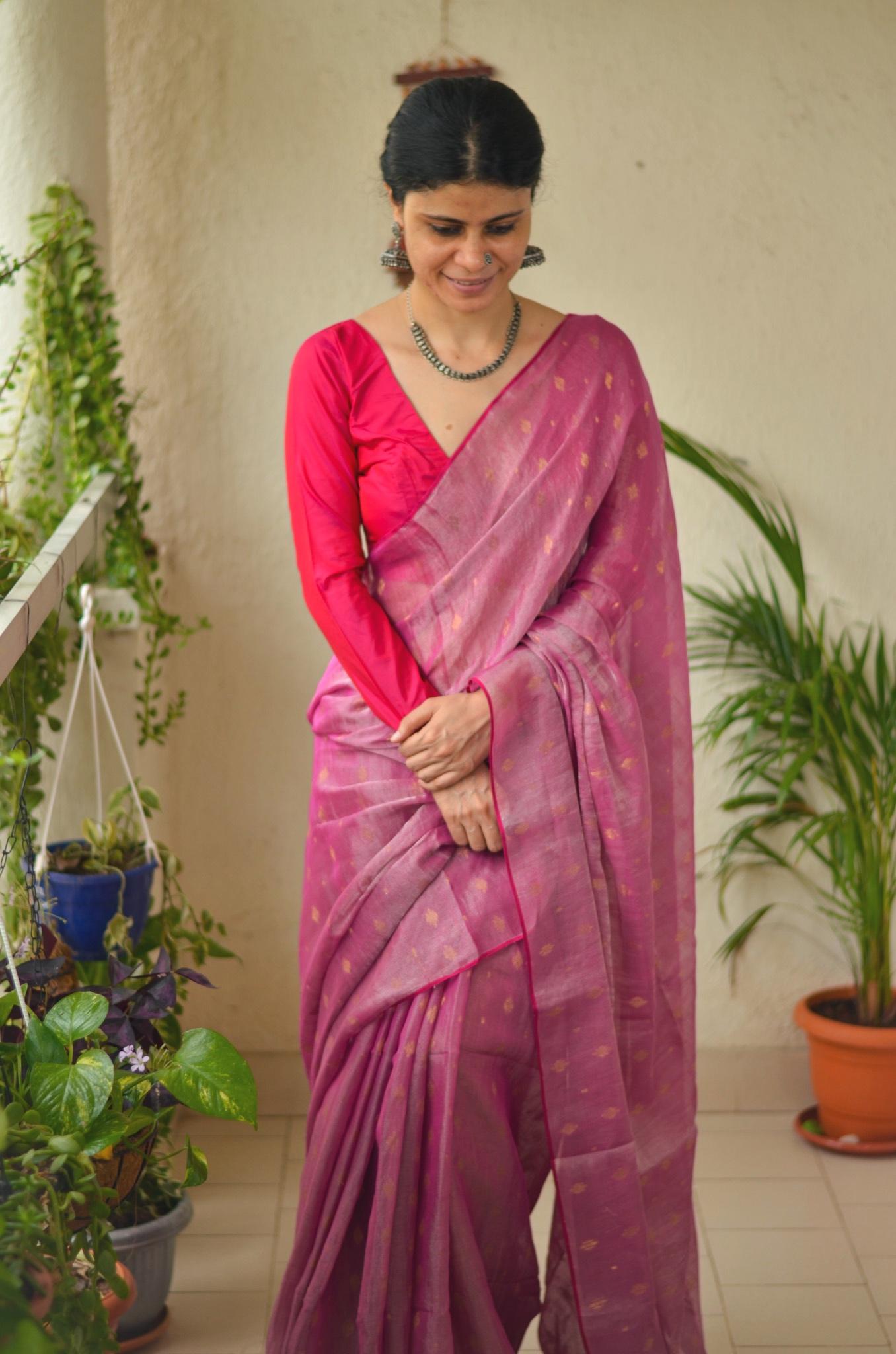Handloom metallic linen saree with bootis