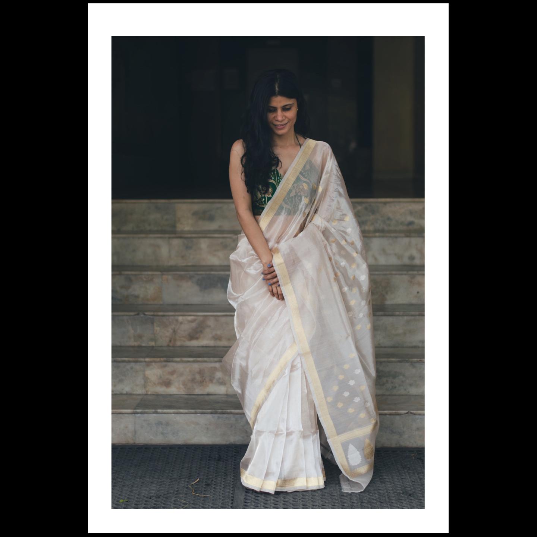 Handloom kadwa bootis  jari motifs tissue silk banarasi saree.