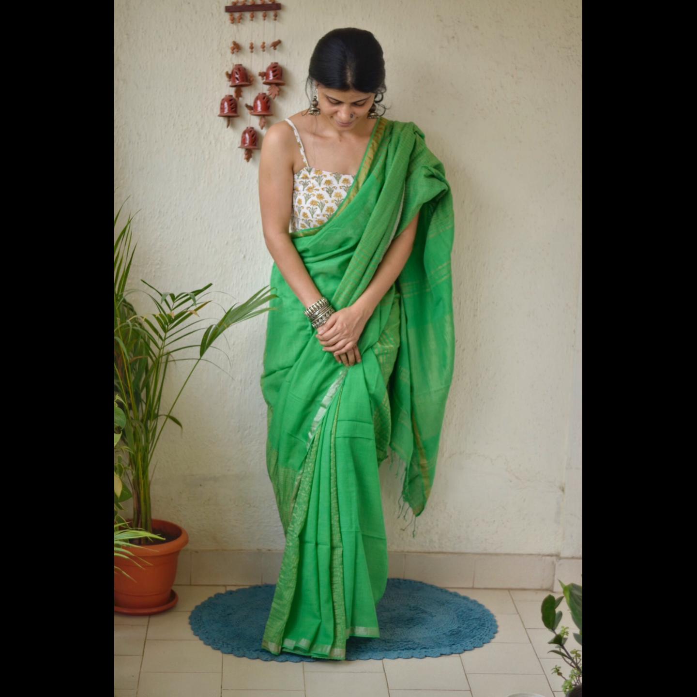 Handwoven muslin cotton saree with jari blended
