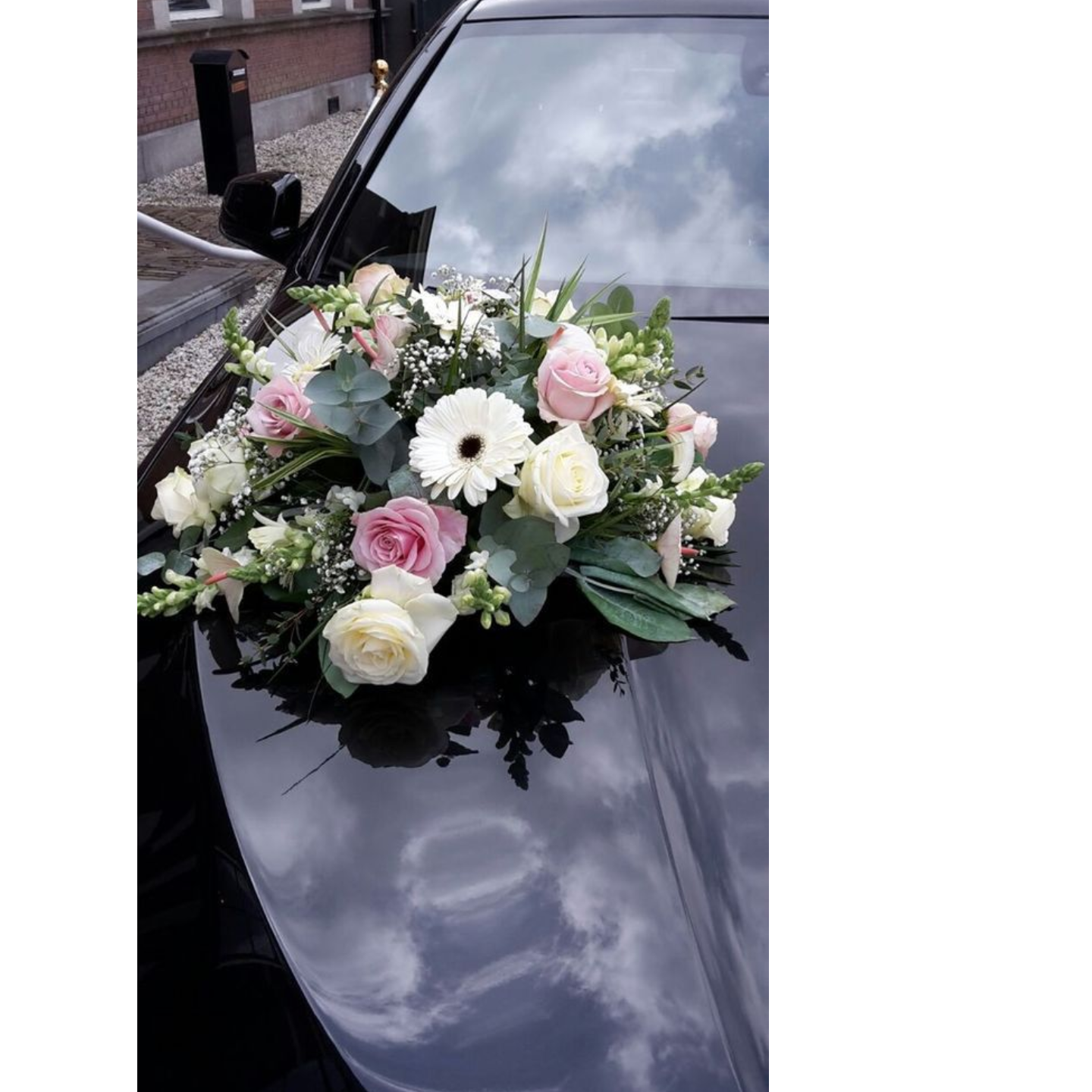 Wedding Car Dcor                                                                                Fresh Flowers  Rose Theme