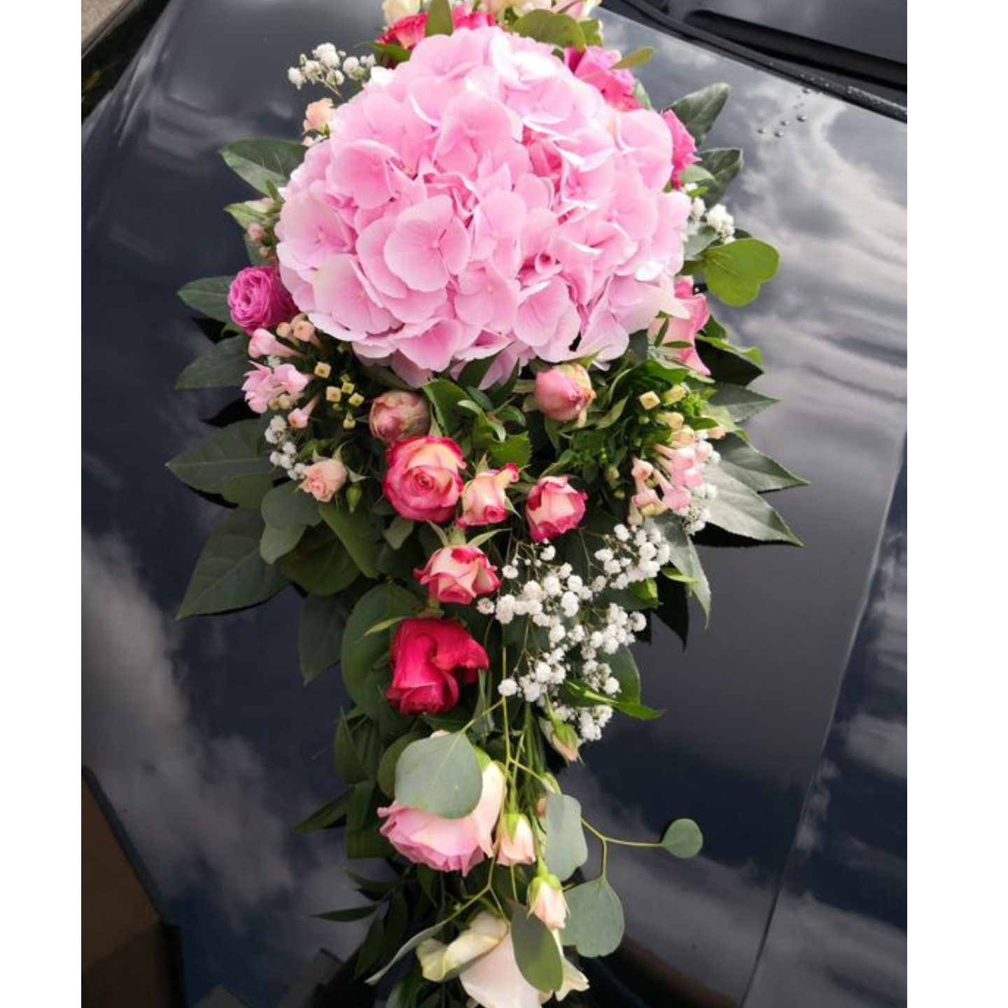 Wedding Car Décor                                                                                     Hydrangea + Rose Theme