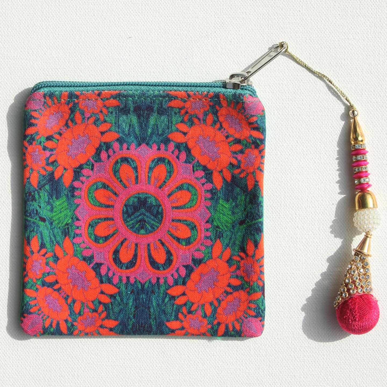 Magnificent Flower Motif Canvas Coin Pouch/Purse