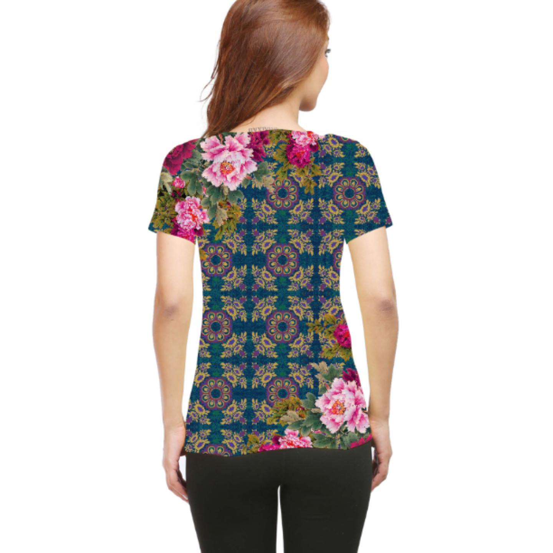 Women Geometric Design Floral Round Neck T-Shirt