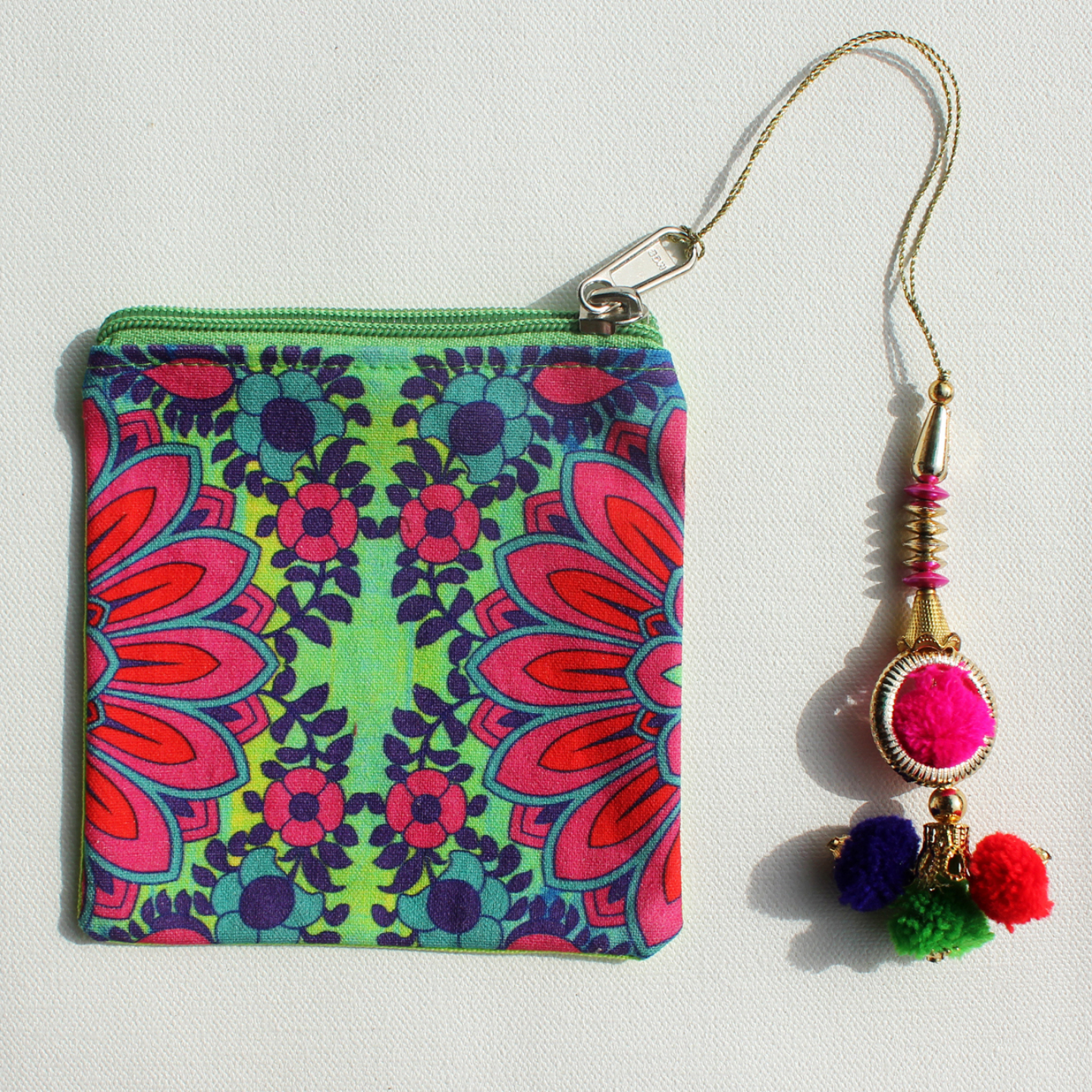Blooming Flower Motif Canvas Coin Pouch