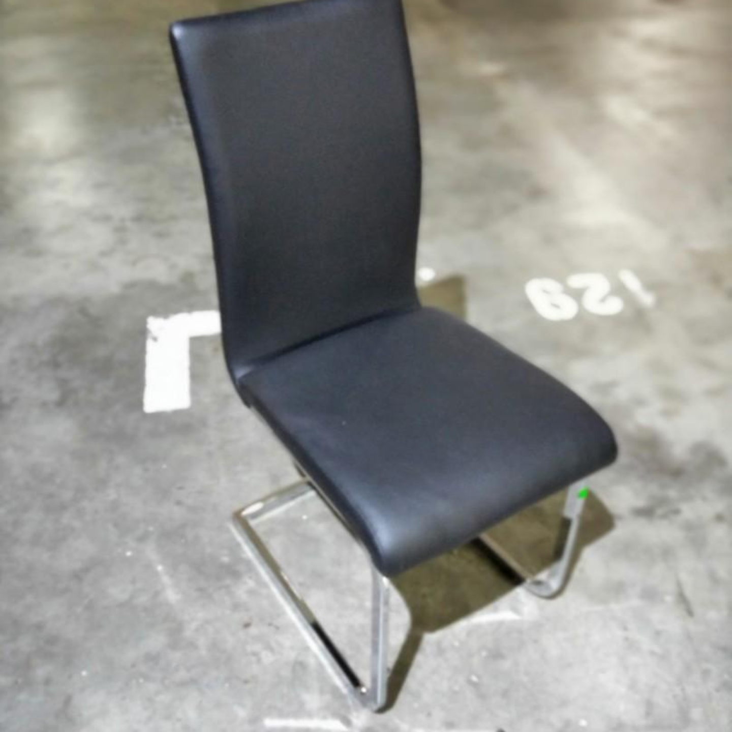KANNO Dining Chair in BLACK