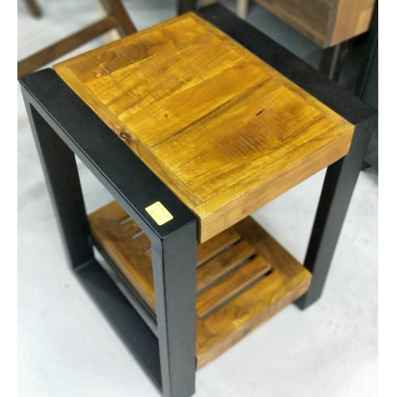 ZADA INDUSTRI Series Side Table